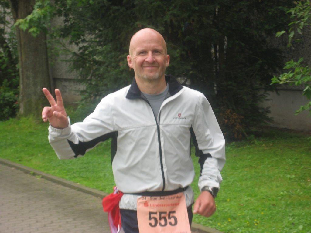 Deutscher Meister im 24 Stundenlauf 2009, Michael Hilzinger von der LG DUV e.V.